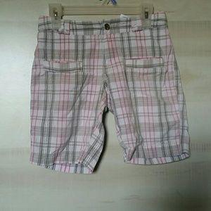 Columbia size 7 shorts